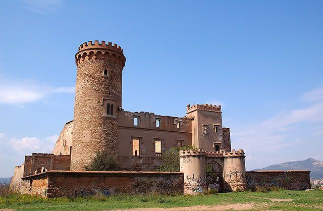 Castles: Salvana Tower at Santa Coloma de Cervellò