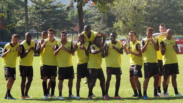 Flamengo treino Vagner Love (Foto: Janir Junior / Globoesporte.com)