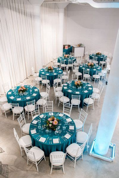 Pink and Turquoise Chicago Skyline Wedding in 2019