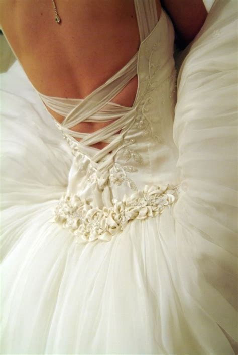 25  best ideas about Dress alterations on Pinterest   Diy