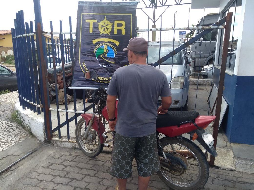 Polícia apreende moto sem chassi na estrada Barra do Choça a Barra Nova