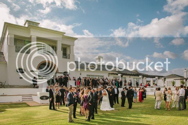 http://i892.photobucket.com/albums/ac125/lovemademedoit/welovepictures/ValDeVie_Wedding_024.jpg?t=1338384252