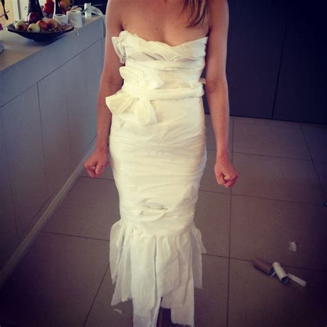 Hens/Bridal Party Game. Wedding dress made out of toilet