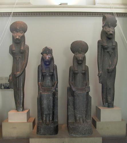 lionesses goddess statues