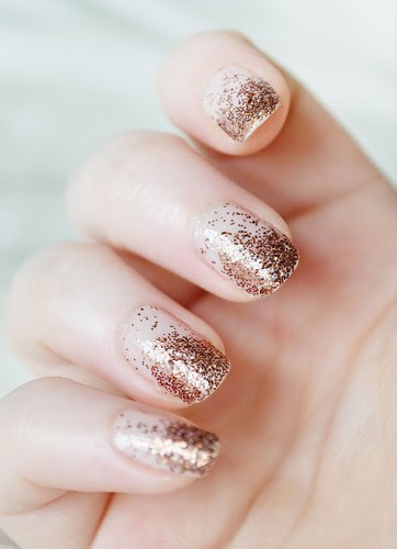 Glitter-tips-nail-art