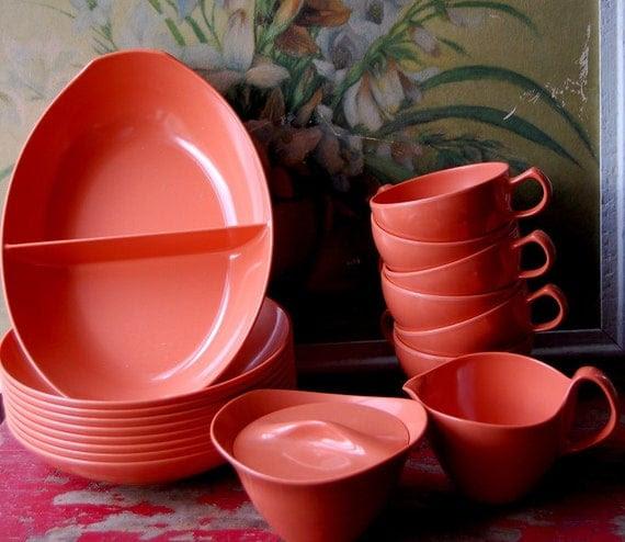 RESERVE FOR ELAINE 18 Piece Melmac Dinnerware Set In Peachy Orange By Oneida