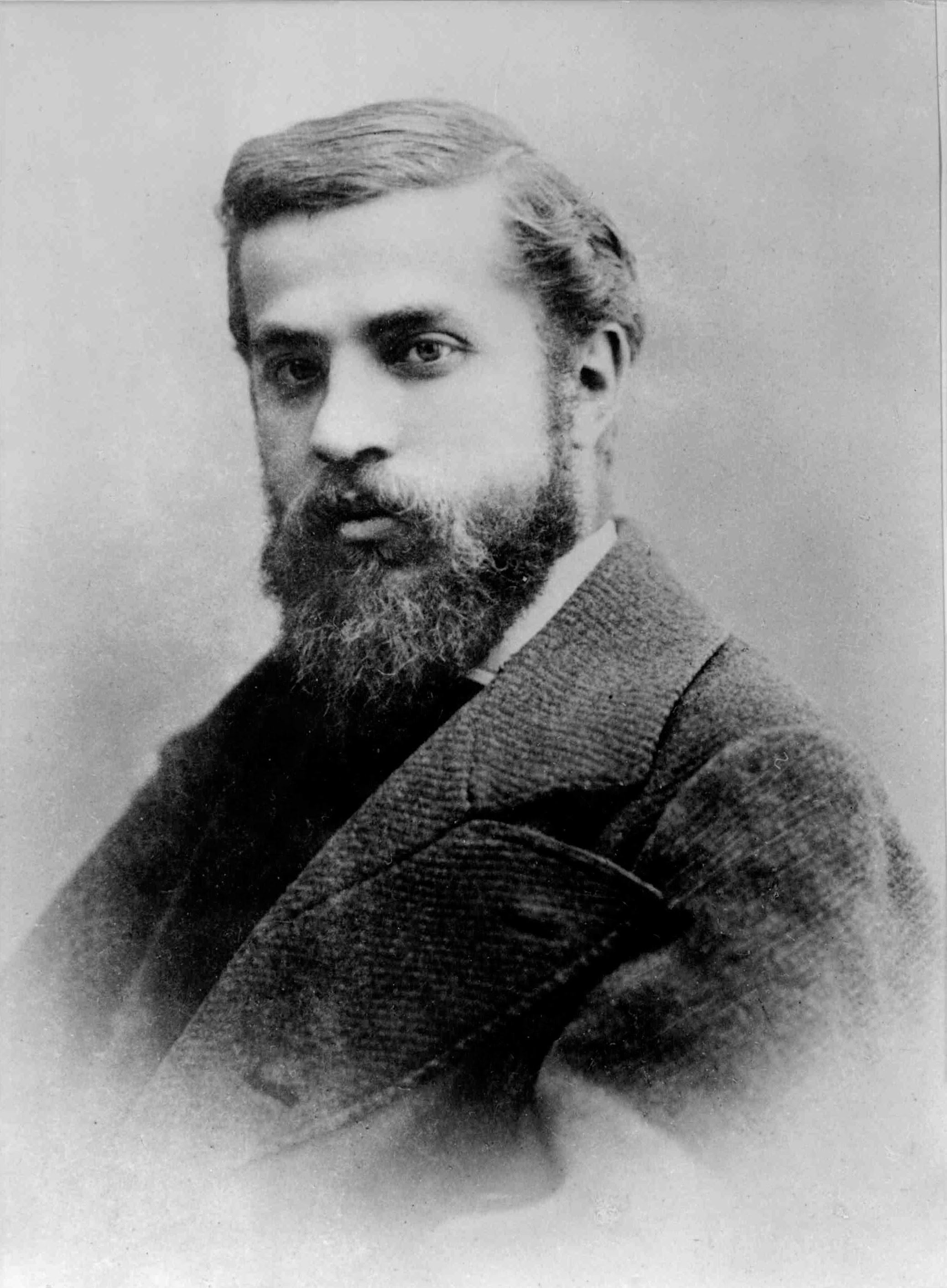 Ficheiro:Antoni Gaudi 1878.jpg