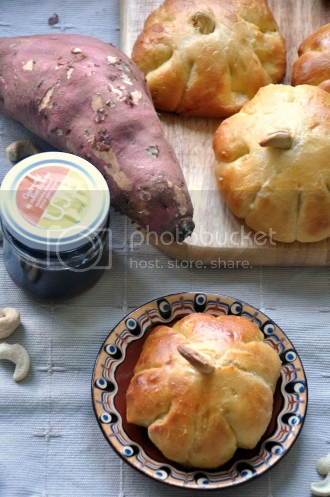 photo sweetpotatobrioche_zps3e37beda.jpg