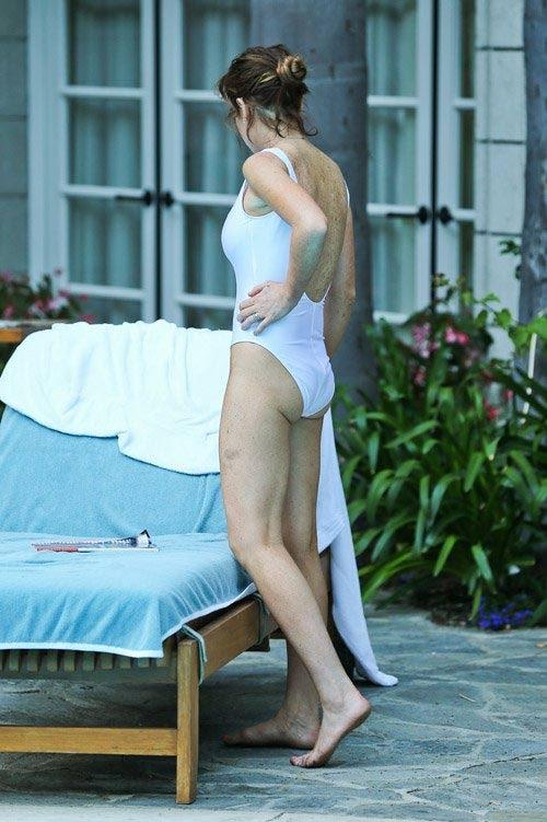 Lindsay Lohan không cần hở…