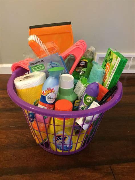25  best ideas about Graduation gift baskets on Pinterest