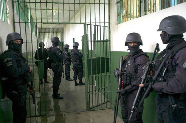 Soldados das forças especiais continuam ocupando o Complexo Penitenciário Anísio Jobim (Compaj) em Manaus