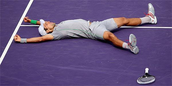 Djokovic conquistou neste domingo a sua 18ª vitória em 40 duelos com o espanhol (Divulgação/Sony Open Tennis)