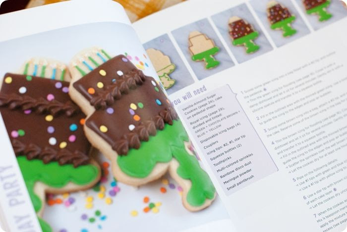 photo sneakpeekpostdecoratingcookiesparty-4.jpg