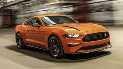 ford mustang    hap  voi cac goi tuy chon