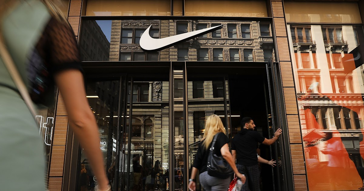 Rabatt Nike Faces Muslim Anger Over Alleged 'Allah' in