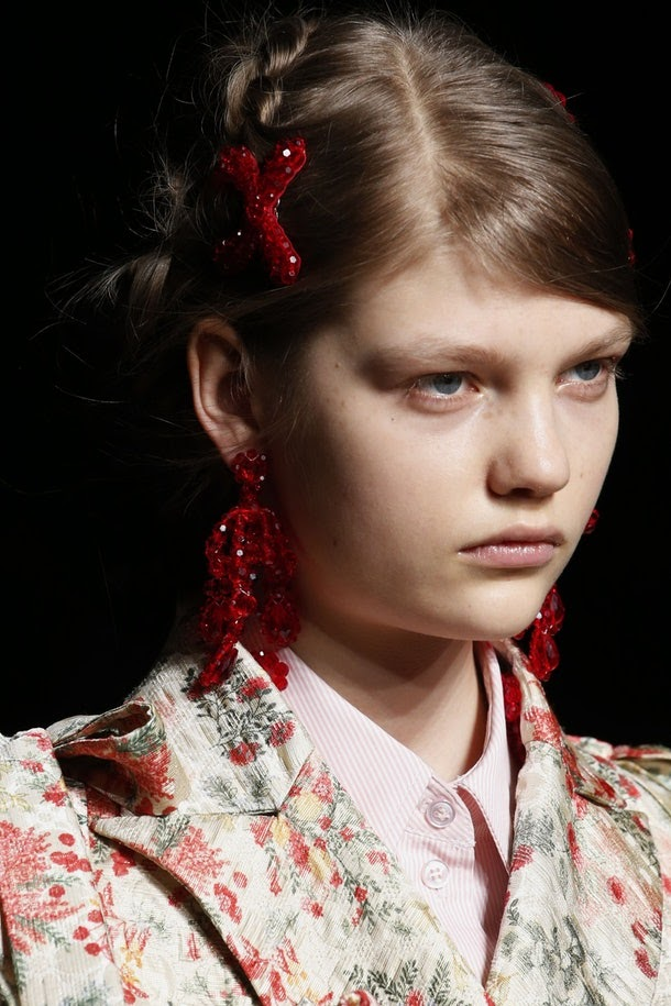 Hair Accessories Are Making A Comeback This Year