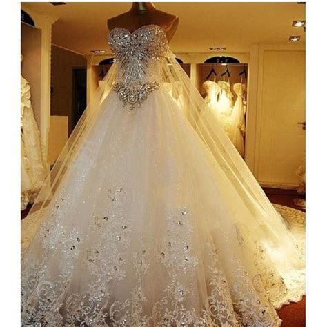 Princess style wedding dress !!!   My dream wedding