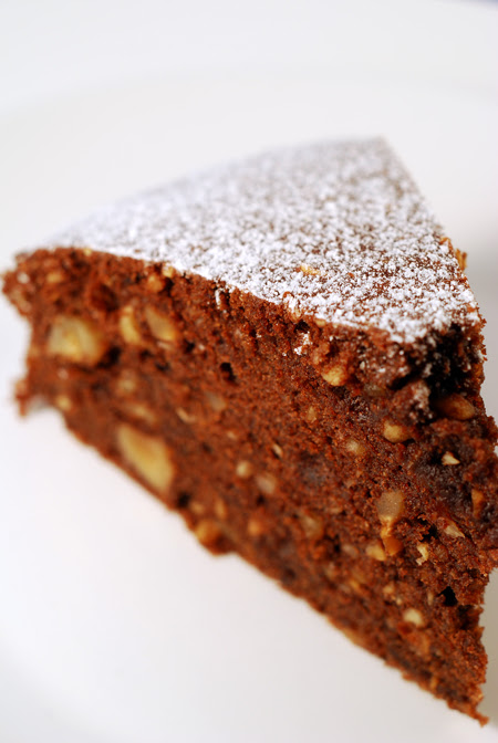 chocolate and hazelnut cake