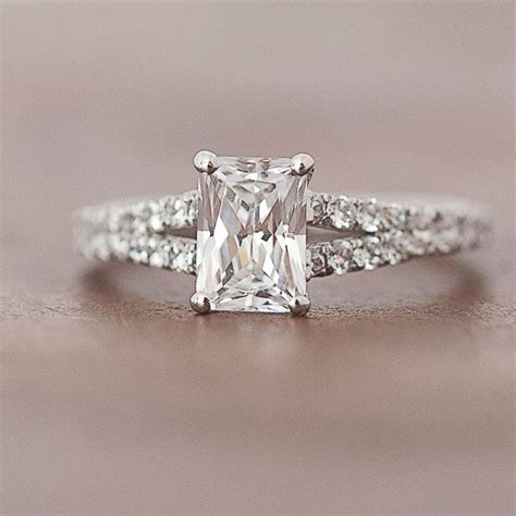 MARS Fine Jewelry: Engagement Ring Styles