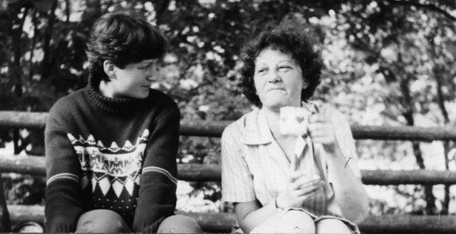 Barbara Kwiecińska, z prawej strony.