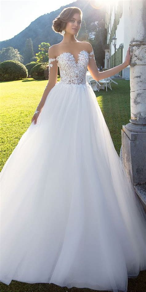 Best 25  Fluffy wedding dress ideas on Pinterest   Ball
