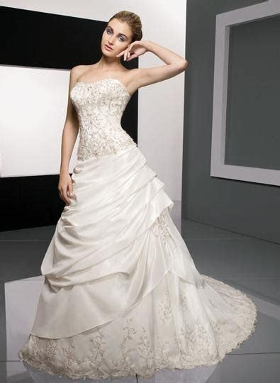 Fashion Apparel 2012: Find The Best And Affordable Wedding