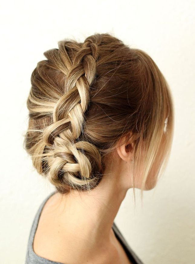 DIY this Dutch braid for your next night out. Very cute braid appreciated by Extensions of Yourself www.extensionsofyourself.com