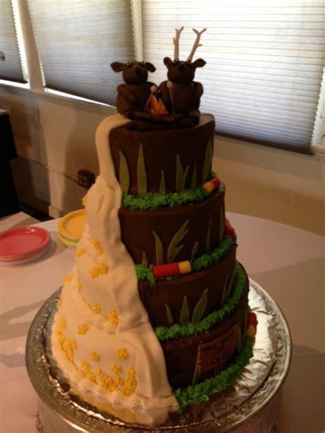10 Awesome Hunting Wedding Cakes