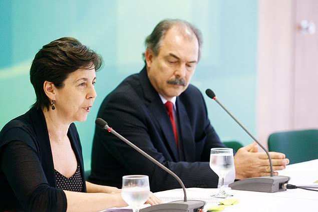 Os ministros Tereza Campello e Aloizio Mercadante durante entrevista no Palácio do Planalto