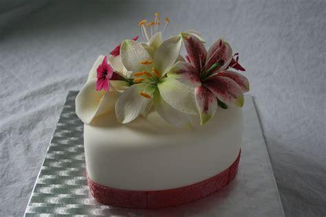 Valentine Cake / 10Th Wedding Anniversary Cake