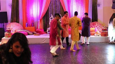 Beautiful Pakistani wedding dance   Page 2
