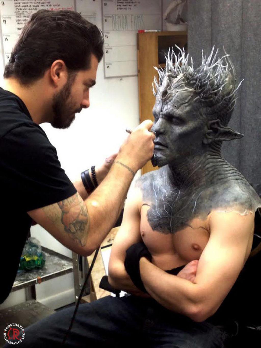 O trabalho desses artistas da maquiagem protética é tão bom que você nem acredita que é realmente maquiagem 06