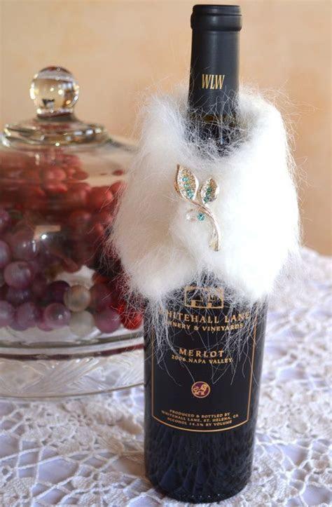Wine Bottle Collar, Wrap, Silver Blue Brooch, White Faux
