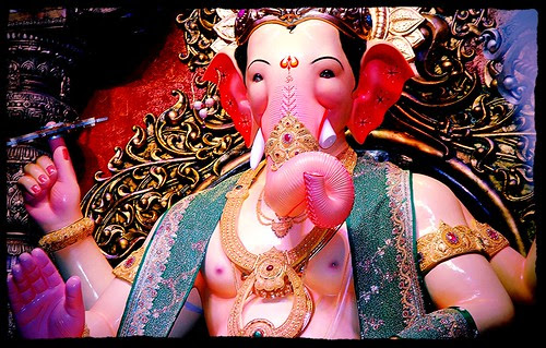 Lalbagh Chya Raja - by firoze shakir photographerno1