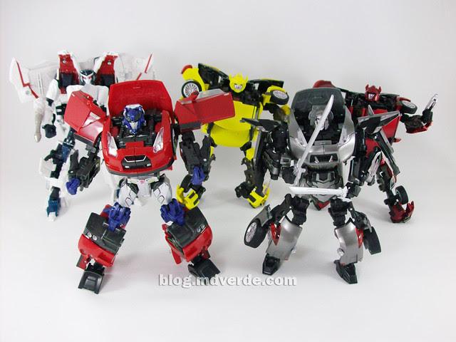 Transformers Alternity - modo robot