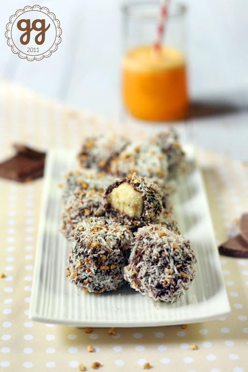 bocconcini di banana al cioccolato e cocco