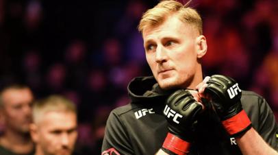 Волков подерётся с Тыбурой на турнире UFC 267