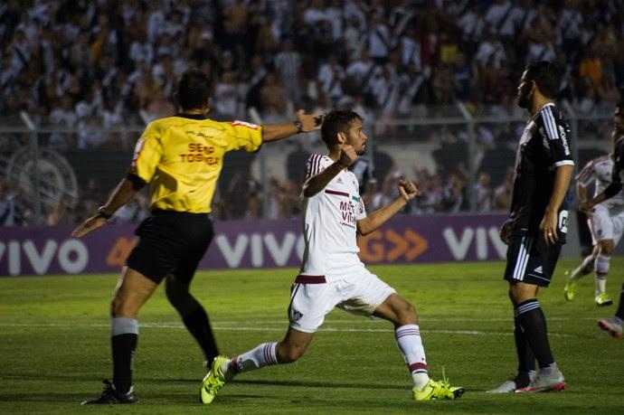 Gustavo Scarpa - Ponte Preta x Fluminense (Foto: Bruno Haddad / Fluminense FC)