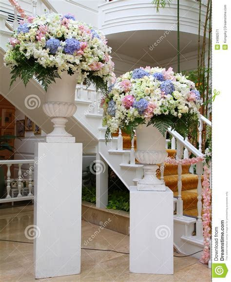 Flower Stand Stock Image   Image: 24982571