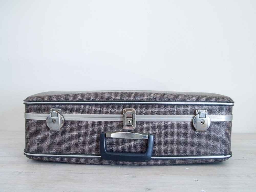 vintage silver and grey suitcase with keys - epochco