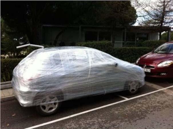 Αυτά παθαίνεις όταν παρκάρεις όπου να 'ναι (13)