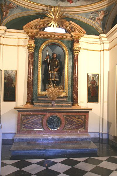 File:Capilla de San Isidro (Madrid).jpg