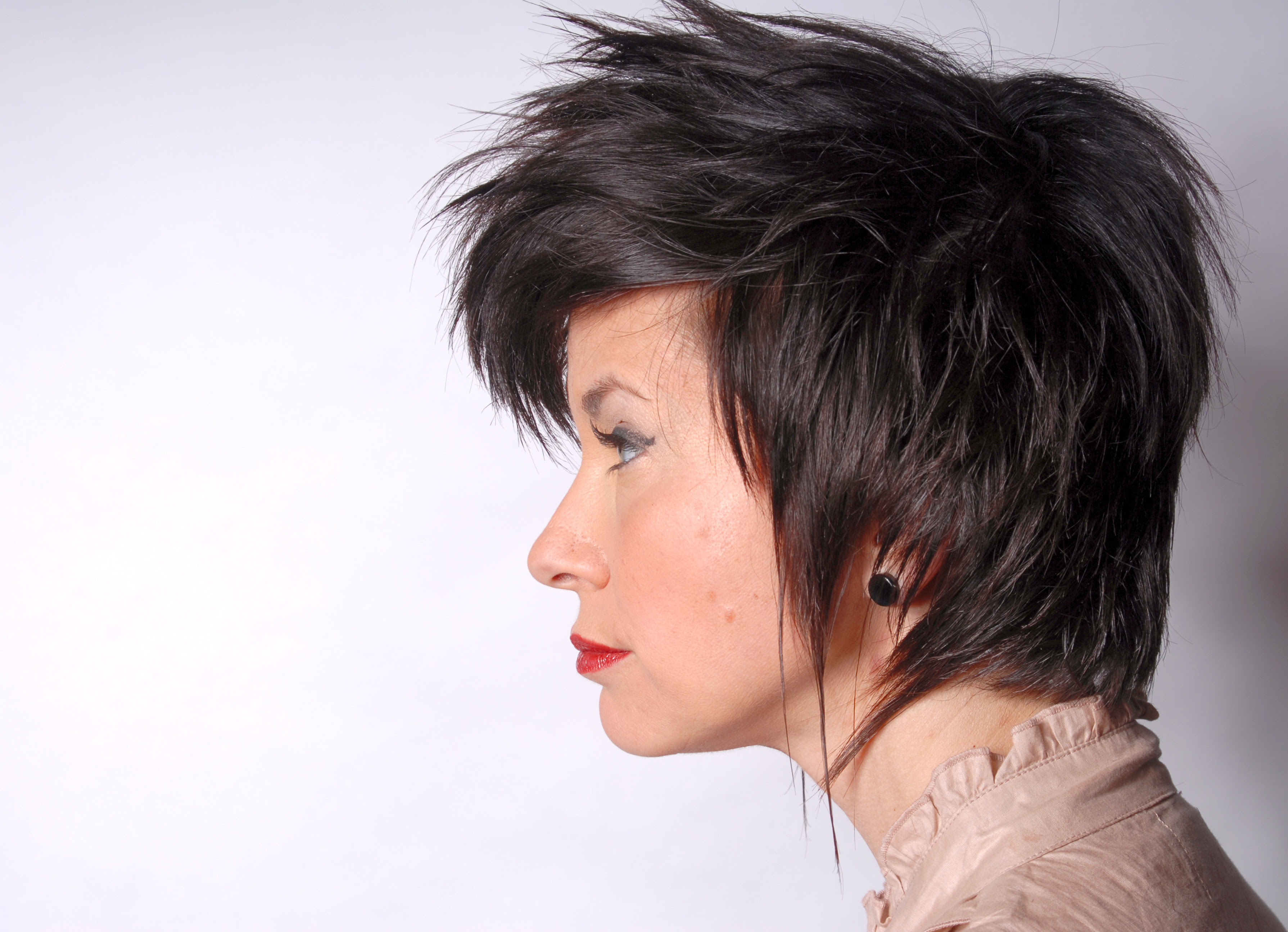 Pictures Short Hair Cuts Women Latest Hairstyles