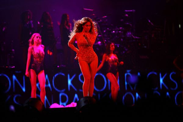 Beyonce : BET Experience 2013 photo tumblr_mp5j31XLGg1rqgjz2o1_1280_zpsf7b6b2c2.jpg