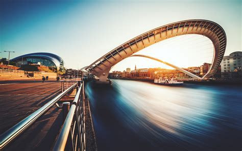 Gateshead Millennium Bridge UK Wallpapers   HD Wallpapers