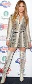 Jennifer Lopez Minivestido Con Botas Altas