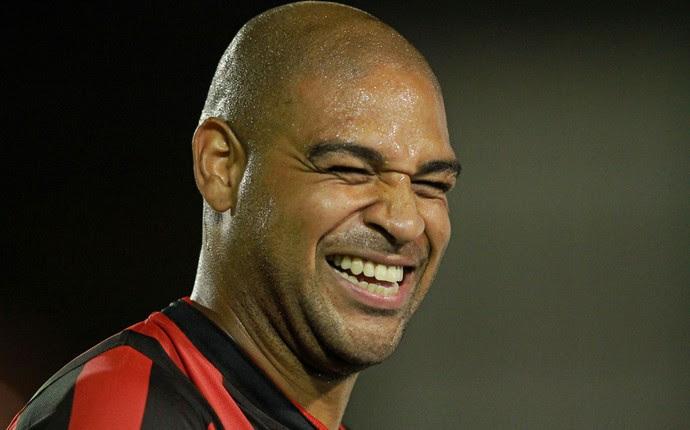 Adriano, Atlético-PR x The Strongest (Foto: AFP)
