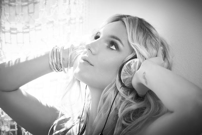 Britney Spears: DJ Triệu Lador Remixes