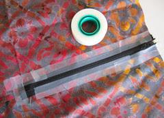 taped zipper :: glidelås holdt fast med tape