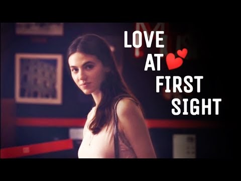 Love at first sight|(status)dawnload